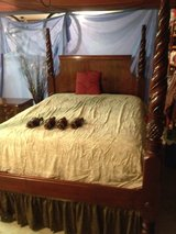 Poster Bed Frame in Springfield, Missouri