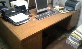 Like New Desk in 29 Palms, California