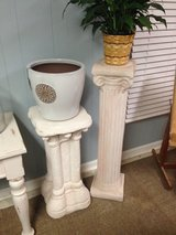 Plant stand in Beaufort, South Carolina