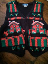 Sz Lg Christmas sweater vest in Spring, Texas