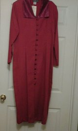 *NEW*  Red Long Front Buttoned Dress in Eglin AFB, Florida
