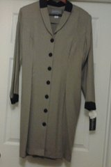 *NEW* Light Green Front Buttoned Dress in Eglin AFB, Florida