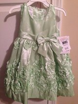 2T girl dress /new with tag in Fort Campbell, Kentucky