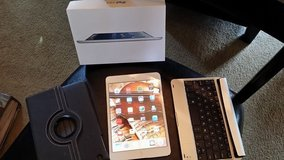 IPad Mini - White - WIFI - 64GB with Box PLUS 2 cases!!!! in Kingwood, Texas