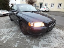 VOLVO S60 2.4 year 2005 warranty well maintened in Spangdahlem, Germany