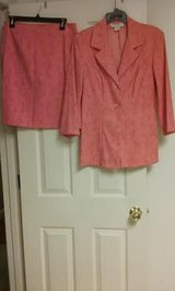2pc Peach Skirt and Top in Fort Benning, Georgia