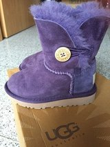 Toddler UGG Australia Size 7 in Ramstein, Germany