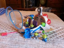 ** Vintage 04' Buzz Light Year Alien Space Ship with Aliens ** in Camp Lejeune, North Carolina