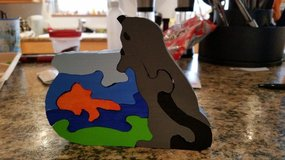 Cat and fish bowl puzzle in St. Louis, Missouri