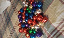 tree bulbs different colors in Fort Polk, Louisiana