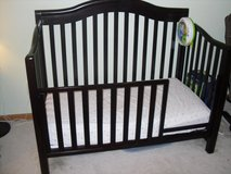 Sorelle Vicki Convertible Crib / Toddler Bed (REDUCED!) in Lockport, Illinois
