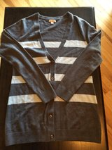 New Women's Gap Cardigan Sz Small in Fort Campbell, Kentucky