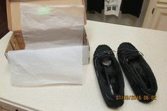 Cozy & Warm Women's Suede Mocassin Fur-Lined Slippers - NIB - Size 7.5 in Kingwood, Texas
