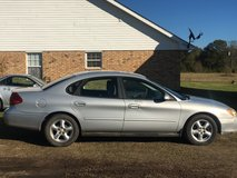 Good Condition Ford Taurus in Pensacola, Florida