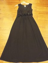 Lovely Gown w/ Rose Bodice in Camp Lejeune, North Carolina