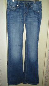 size 3 Arizona jeans in Clarksville, Tennessee