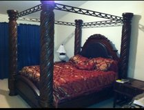 King bed and dresser in Leesville, Louisiana