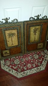 Pier 1 / Iron / 2 Piece Palm Tree Picture Set in Fort Campbell, Kentucky