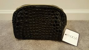 MAKE OFFER!-BRAND NEW Small Black Zippered Clutch/Make-Up Bag From Macy's Department Store in Naperville, Illinois