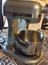 Kitchenaid Power Mixer professional HD 10 speed in Stainless in Fort Campbell, Kentucky