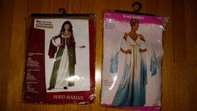 nib halloween costumes for woman-size medium in Wilmington, North Carolina
