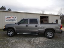 06 Chevy Silverado 4X4 CREW CAB in Shreveport, Louisiana