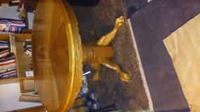 Table, Round, Center extender included. in Lawton, Oklahoma