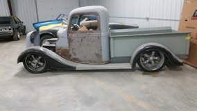 37 ford pick up in Fort Leonard Wood, Missouri