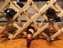 Collapsible 10 place wine rack in Oswego, Illinois