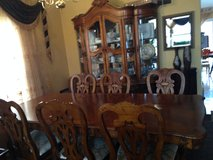 Dining table with chairs in Naperville, Illinois