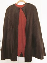 COSTUME ROBIN HOOD CAPE & TUNIC in Lakenheath, UK
