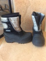 Boys snow boots worn just for a short trip in Fairfield, California