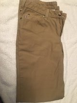 Women's size 6 x 32 Carhart Pants in Camp Lejeune, North Carolina