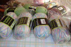 Miscellanous yarn in Naperville, Illinois