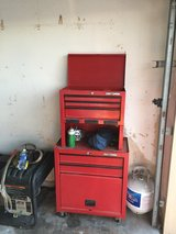 Stand up tool box in Baytown, Texas