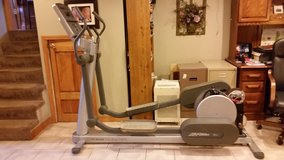 Life Fitness 95xi Elliptical in Chicago, Illinois