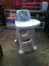 Baby high chair in Alamogordo, New Mexico