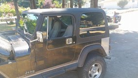 1990 jeep wrangler (automactic) (REDUCED) in Fort Lewis, Washington