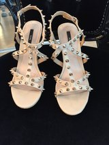 Tan Heels size 6 in Travis AFB, California