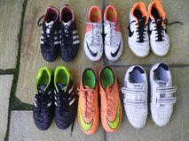 VARIOUS SOCCER AND TENNIS SHOES SIZES: 40-41EU/7-8.5US in Stuttgart, GE