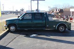 """1999"" CHEVY WESTERN HAULER ""CREW CAB"" 5TH WHEEL DUALLY TRUCK (CONSIDER REASONABLE OFFER) in Fort Campbell, Kentucky"