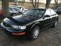 1996 NISSAN MAXIMA in Fort Campbell, Kentucky