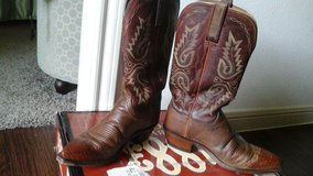 Lucchese ladies boots for rodeo in The Woodlands, Texas