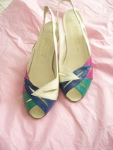Ladies sling back shoes size 5 in Lakenheath, UK
