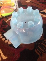 Large pet igloo/blue in Naperville, Illinois