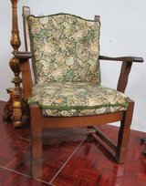 Sitting Room Chair with Solid Oak Frame in Ramstein, Germany