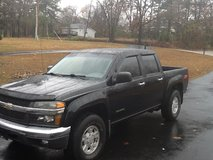 Nice 2004 Z71 4-dr Chevy Colorado w/ good miles - 2x4 in Fort Leonard Wood, Missouri