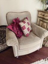 CHENILLE CHAIR in MacDill AFB, FL