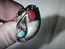 **** NATIVE AMERICAN INDIAN TURQUOISE BEAR CLAW RING **** in Chicago, Illinois