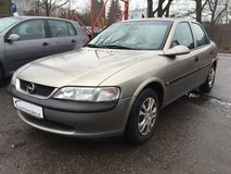 Opel Vectra 1.6 Automatic in Ramstein, Germany
